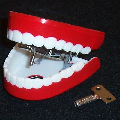 Wind-Up Chattering Teeth - Halloween Trick or Treat Toy - Jumping Talking