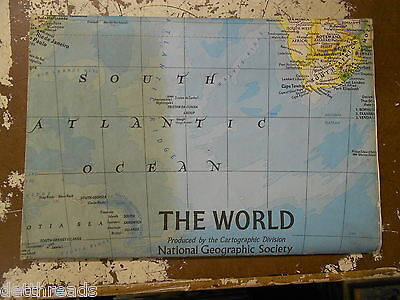 VINTAGE MAP - December 1981 - National Geographic - Map of the World