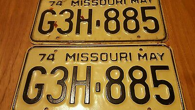 Vintage Set of Missouri License Plates G3H 885 / May 74