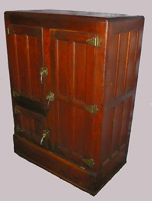 Antique Oak Ice Box – Herrick Refrigerator Company Waterloo, Iowa
