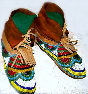 "RARE Vintage Antique Nez Perce Indian Hand Beaded 9.25"" Buffalo Hide Moccasins"