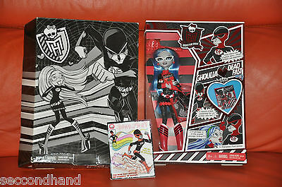 Monster High , Ghoulia   Sdcc  2011  . Limited  Edition  In Box