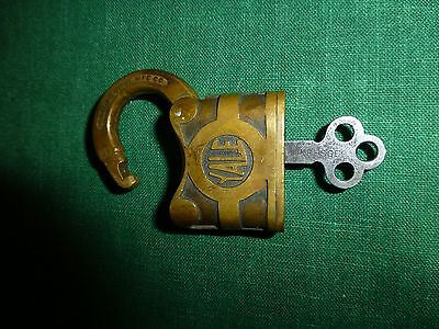Antique Lock & matching Skeleton Key YALE & TOWNE Y&T Stamford Conn works great