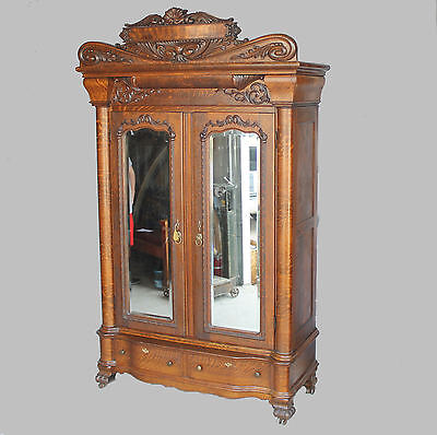 Antique Victorian Quarter Sawn Oak two door Wardrobe – Large Mirrors