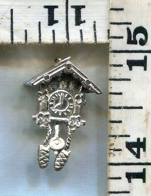 Vintage Sterling Bracelet Charm~#78164~Cuckoo Clock~Moving Weights & Pendulum