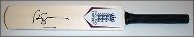 Andrew Strauss England Autograph  Personally Hand Signed Mini Cricket Bat