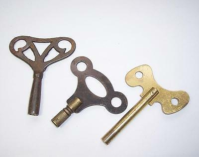 3 x Antique/Vintage BRASS CLOCK KEYS/Winders Brass & Metal various Sizes  Lot 2