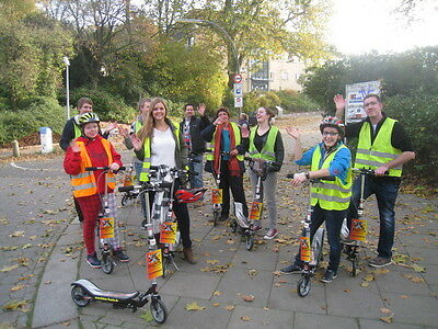 Wipproller & Scooter Hamburg Tour Sightseeing Familien 3-4 Personen ab 6 Jahre
