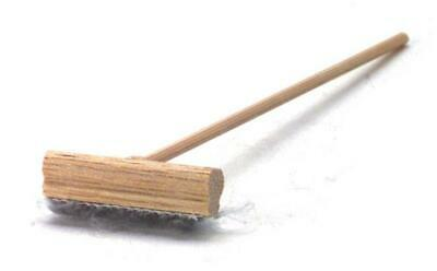 Dolls House Miniature 1:12 Shop Kitchen Cleaning Accessory Push Broom Brush