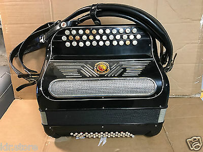 Accordeon Marinucci  Paul Beuscher Akkordeon  accordion Made in Italia