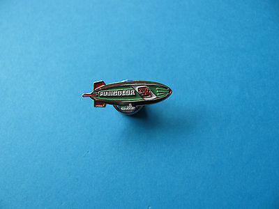 Fujicolor Air Ship, Blimp, Pin Badge. VGC,