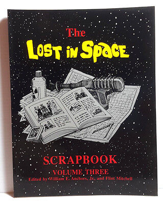 1992 Lost In Space Scrapbook Volume 3 Softcover Book- 196 Pages- FREE S&H
