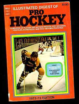 1972-73 Illustrated Pro Hockey Digest Bobby Orr on the Front cover