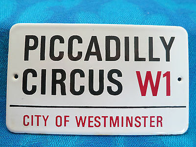 Antik GARNIER_13 x 7_Email_Schild_Piccadilly Circus W1_city of Westminster