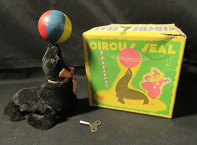 Vintage Wind-Up Circus Seal with Original Box Working Condition Japan