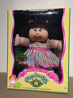 New! Cabbage Patch Kids Limited Vintage Edition Commemorating CPK BLUE Eyes