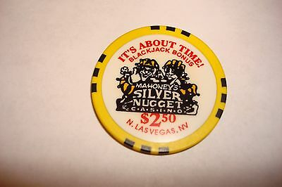 $2.50 Las Vegas Mahoney's Silver Nugget Blackjack Bonus Casino Chip MINT