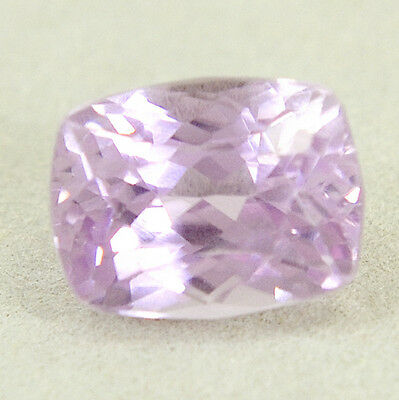 Véritable Kunzite avec 6,37 ct. + Certificat d'Authenticité Cushion Cut