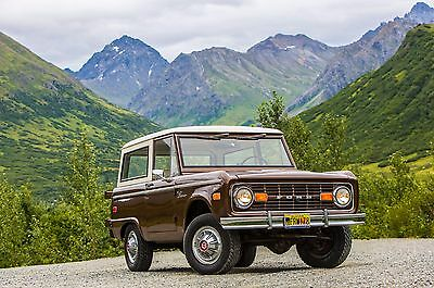 1966 Ford Bronco front right 24x36 inch poster or 8x10 photo