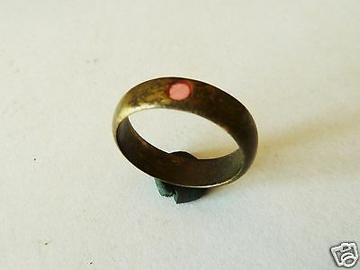 Post Medieval bronze ring with glass insert (347)