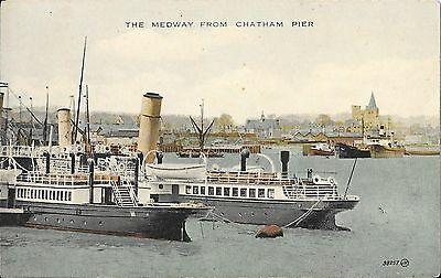 Paddle Steamers & PS Medway Queen at Sun Pier Chatham River Medway Postcard