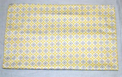 Magnolia Organics 100% Cotton Crib Sham ~ Yellow Gray Graphic ~ 15 x 19  **NEW**