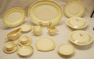 25 Pieces Paden City 22K Floral Pattern China