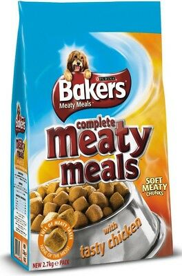 Bakers Complete Adult Dog Food Meaty Meals Chicken 2.7kg | Tender Meaty Chunks