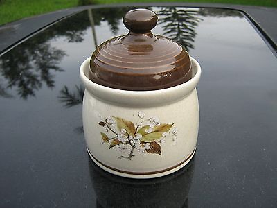ROYAL DOULTON  Lambethware Round Sugar Bowl with Top ,Wild Cherry Pattern 1979