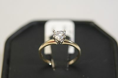 STUNNING 14K YELLOW GOLD 1/2 carat VS1 HEART CUT DIAMOND SOLITAIRE RING size 5