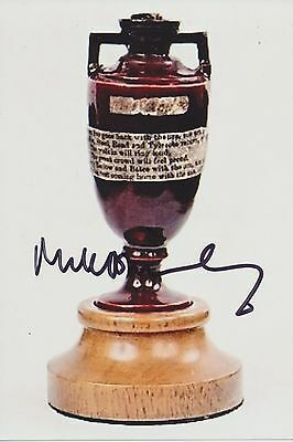 Mike Brearley England Ashes winning Captain signed 10x15cms photo Ashes Urn
