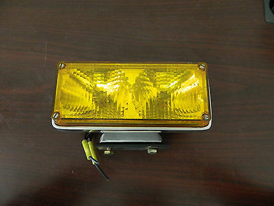 Tomar Halogen Light w/ Mounting Bracket AMBER Lens RECT-37 Replaces 700 Series