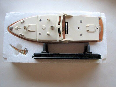 """1950-60S Cabin Cruiser Transister Radio 9 """" With Stand, Mib, Made In Japan"""