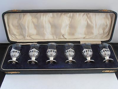 Stunning Cased Set Of 6 Solid Silver And Glass Liquer Cups - 1921- E.s. Barnsley