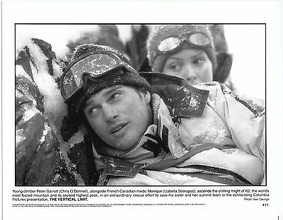 Org. photo Chris O'Donnell & Izabella Scorupco in THE VERTICAL LIMIT 2000 I055