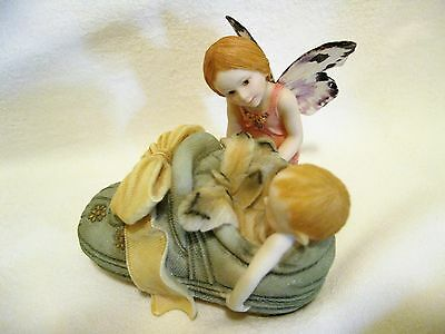 Country Artists Butterfly Fairies Whispers Of Love Figurine