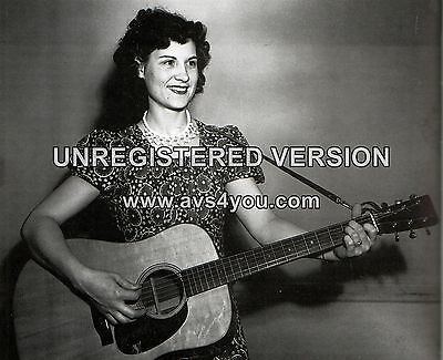 "Kitty Wells 10"" x 8"" Photograph no 2"