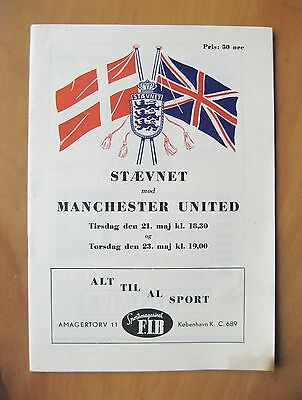 STAEVNET v MANCHESTER UNITED Friendly 1956/1957 *VG Condition Football Programme