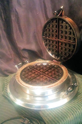 Vintage Art Deco Manning Bowman Electric Waffle Iron ~ Working ~ 660W # H50