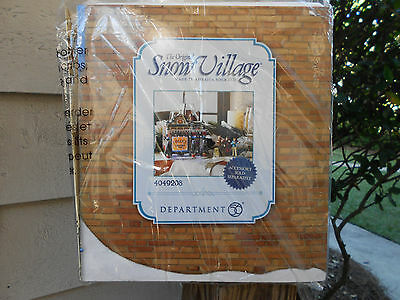 DEPT 56 SNOW VILLAGE THE SOUNDS OF CHRISTMAS NIB *Still Sealed*