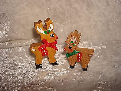Wood Carved Mom And Baby Reindeer Figures Hand-Painted