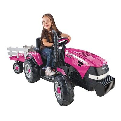 Peg Perego - Case IH Magnum Tractor with Trailer - Pink
