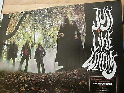 Electric Wizard, Four Page Clipping
