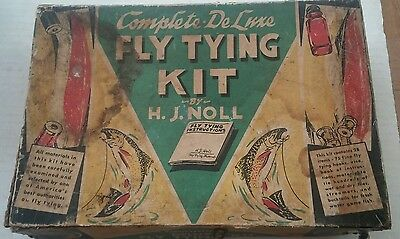 Vintage Deluxe Fly Tying Kit Wet and Dry Flies by H.J. Noll No. 94 Combination