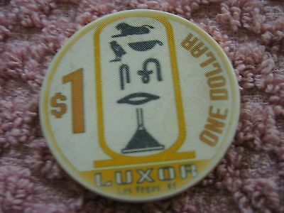 Vintage Luxor  Las Vegas NV ( Nevada ) $1 Casino Chip
