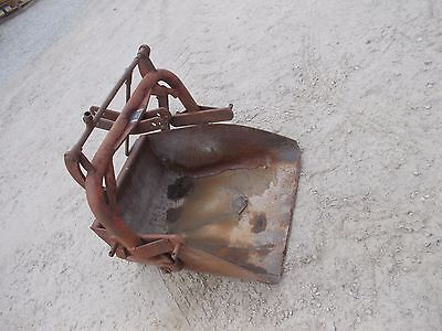 Ford tractor 3pt 3 point hitch mount slip scoop hitch bucket