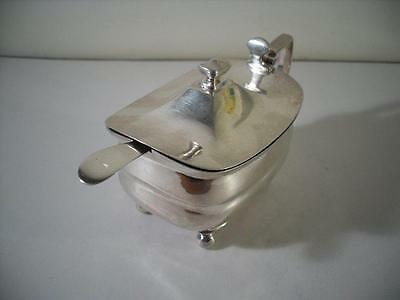 An Antique George III Silver Mustard Pot With Gilded Interior : London 1806