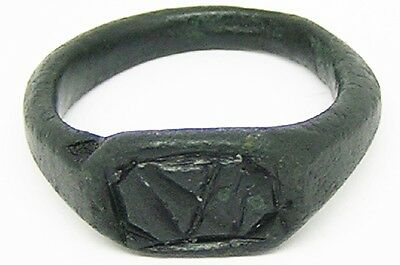 Superb Medieval English Bronze Signet Ring 'W' 14th century Wearable Size 9 1/2
