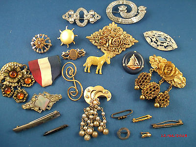 """Vintage Lot of mostly """"C"""" clasp and safety pin clasp"""