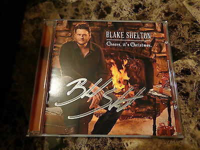 Blake Shelton Cheers Its Christmas.Cheers Its Christmas Deluxe Version By Blake Shelton 3116027